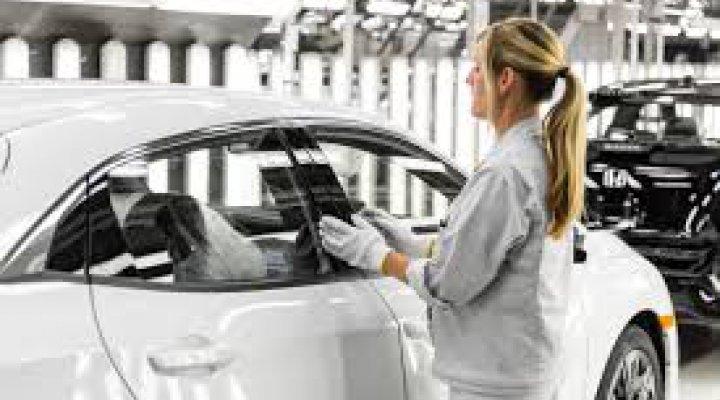 Línia de subvencions per a empreses de la cadena de valor de la indústria de l'automoció